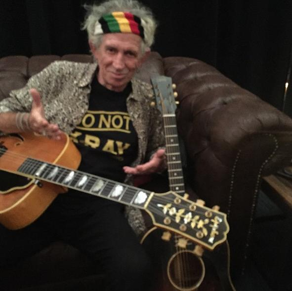 "Keith Richards Says Rap Is For ""Tone-Deaf People"""