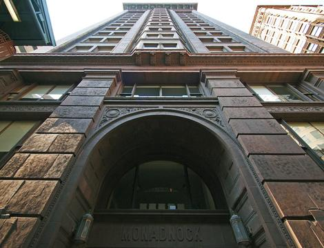 Chicago's Monadnock Building: World's First Skyscraper