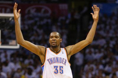 Kevin Durant offered $265-285 million by Under Armour