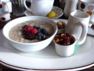 Steel-cut oats with fresh fruit is a nutritious winter breakfast combo.