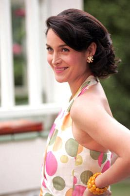 Carrie-Anne Moss in Lionsgate Films' Fido