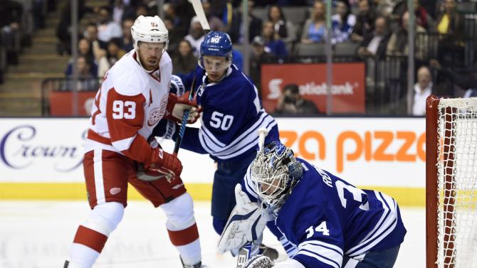 Franzen, Zetterberg lead Red Wings past Leafs