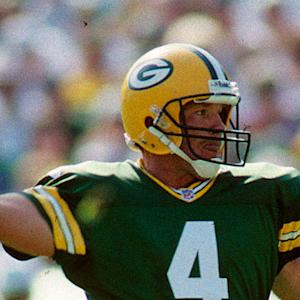 Brett Favre jersey retirement put on hold by Green Bay Packers president Mark Murphy