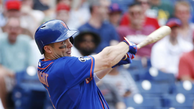 Recker, Niese lead Mets over Phillies