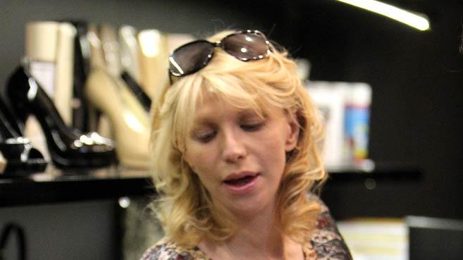 Courtney Love Shopping Sydney