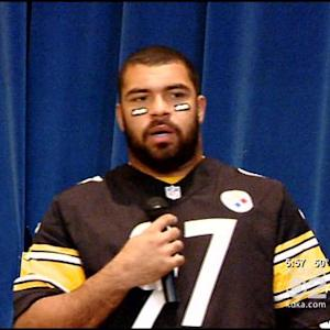 Steelers Motivating Kids To Get Off The Couch With Play 60 Campaign