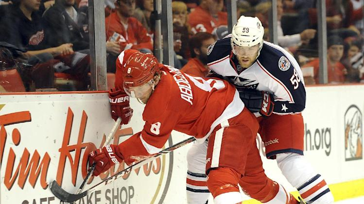 Gustavsson lifts Red Wings over Blue Jackets