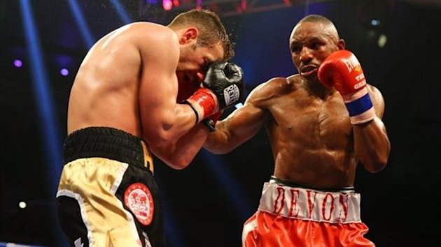 Devon Alexander en route to victory over Lee Purdy (Getty)