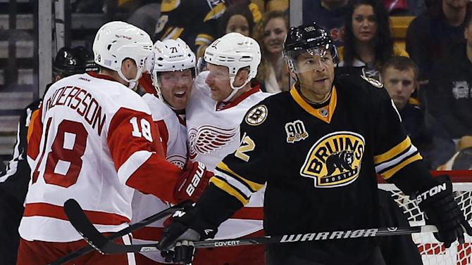 Weiss, Cleary lead Red Wings past Bruins, 3-2