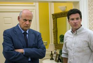 Jeffrey Tambor and Jason Bateman | Photo Credits: Sam Urdank/Netflix