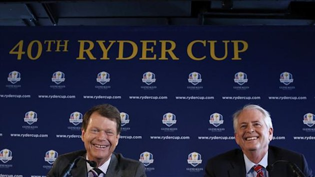 Tom Watson and US PGA of America president Ted Bishop speak to the press (Reuters)