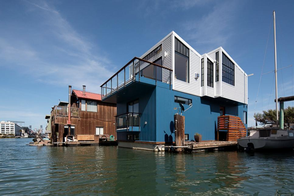 Tiny House Tour: Modern Floating Home in San Francisco