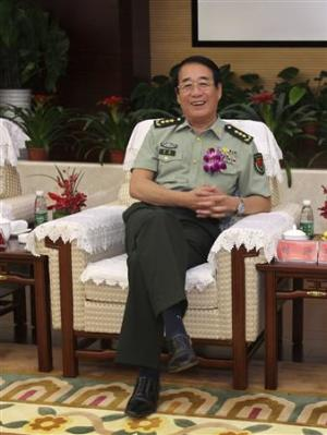 File photo shows Liu Yuan smiling at the opening ceremony…