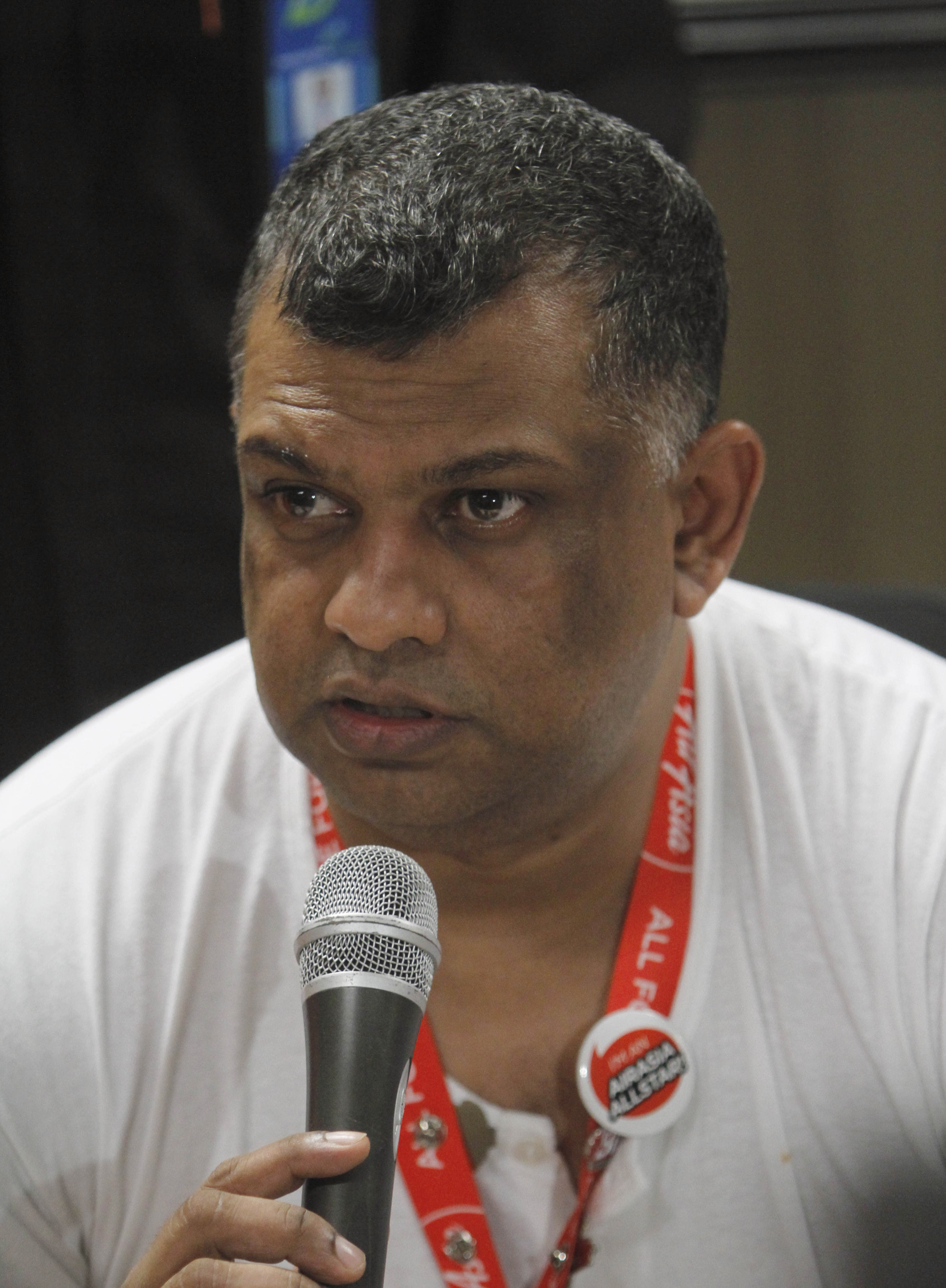 AirAsia's brash CEO now searches for right words
