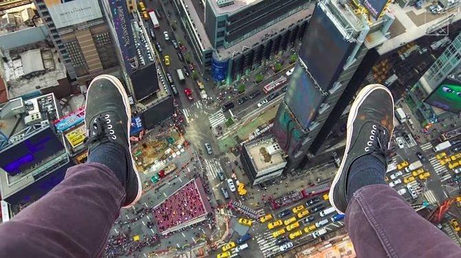 Hey Teens, Why Do You Think It's Fun to Climb Skyscrapers?
