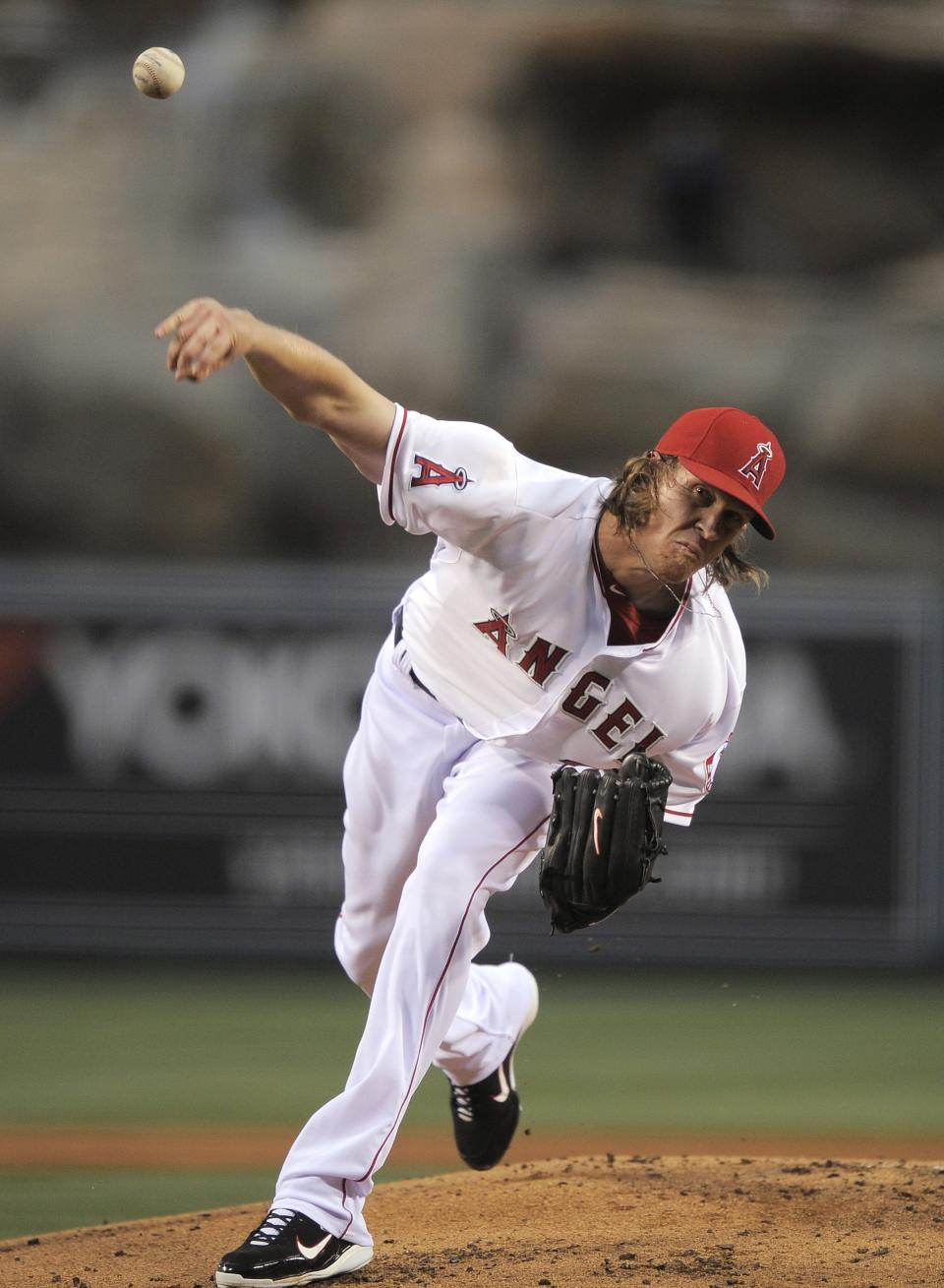 Los Angeles Angels starting pitcher Jered Weaver throws to the plate during the second inning of the Angels' baseball game against the Minnesota Twins, Wednesday, May 2, 2012, in Anaheim, Calif. (AP Photo/Mark J. Terrill)