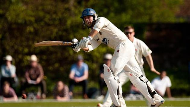County - Yorkshire struggle on return, Gloucestershire break 106-year record