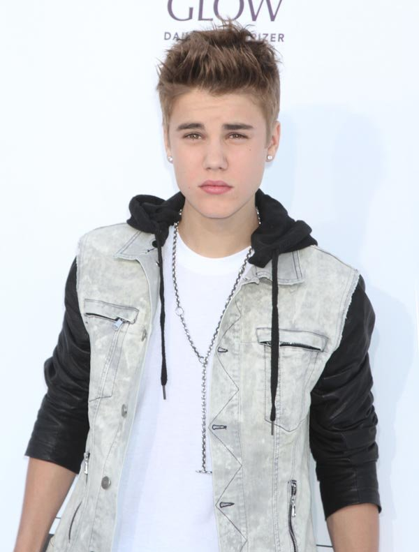Justin Bieber's Friends Are To Blame For His Uncharacteristic  Behavior