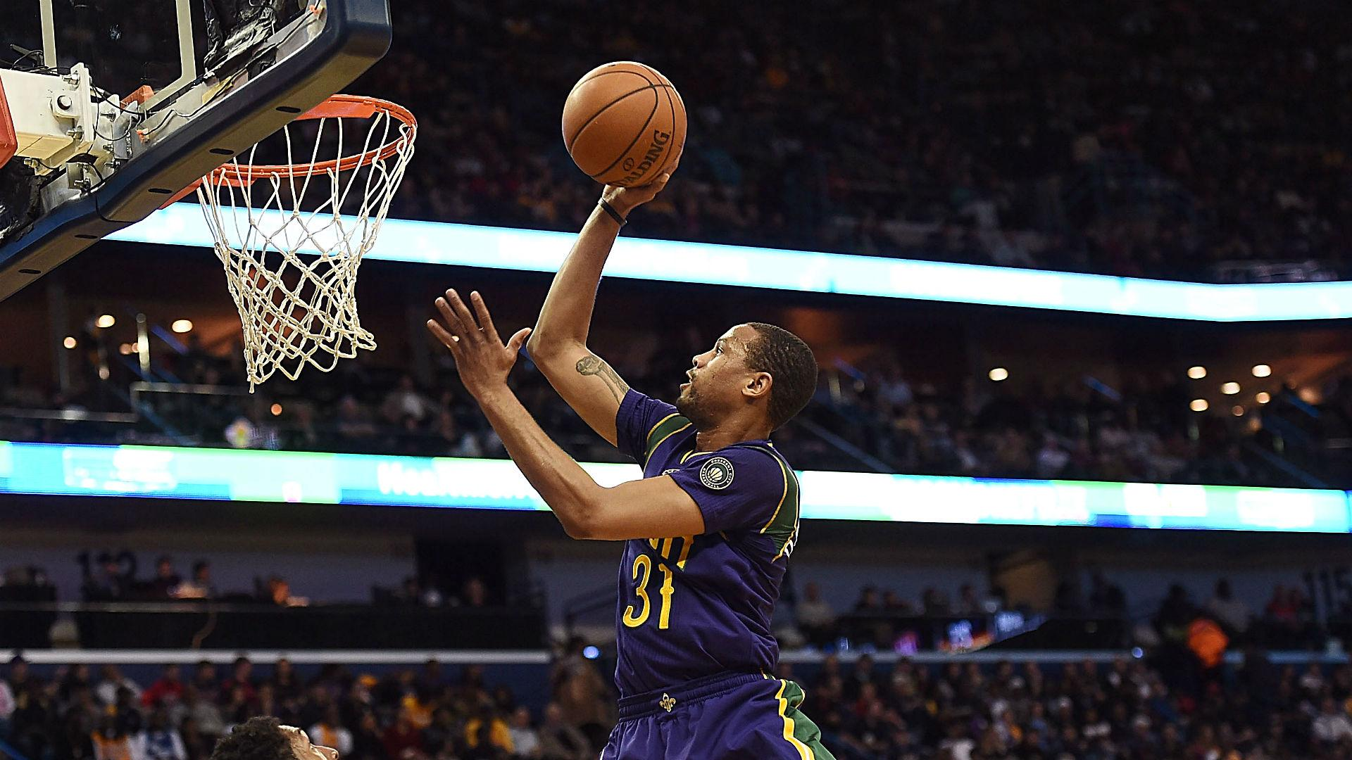 Police: Pelicans' Bryce Dejean-Jones shot, killed after breaking into apartment