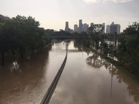 Texas welcomes sunshine after days of floods that killed 25
