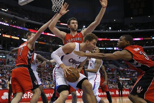 Clippers beat Raptors 102-83 for 6th straight win