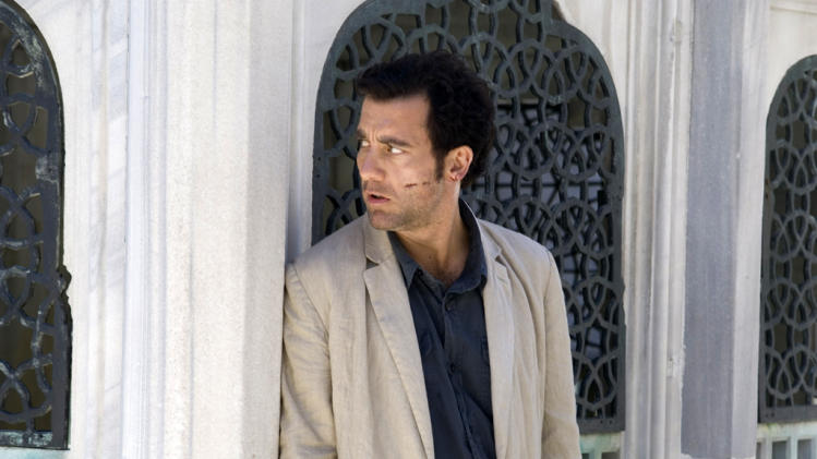 Clive Owen The International Production Stills 2009