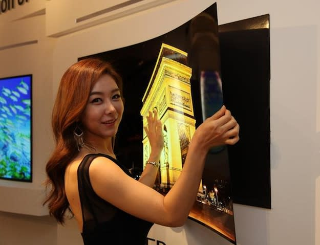 LG's incredible new HDTV prototype is as thin as paper