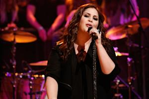 Lady Antebellum's Hillary Scott Gives Birth to Girl