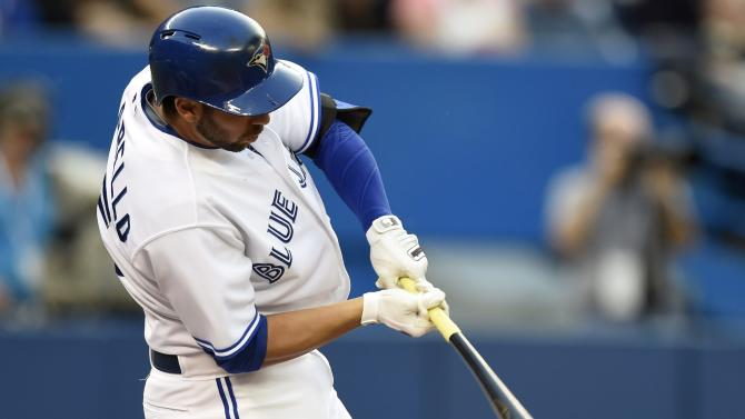 Buehrle beats Yankees, Blue Jays win 5-1