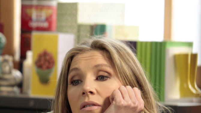 "This image released by ABC shows Sarah Chalke, who portrays Polly, a divorced mother who moves home with her parents in ""How to Live with Your Parents (For the Rest of Your Life),"" drawn from the domestic situation of creator Claudia Lonow, who, well into adulthood and despite career success continues to live with parents ."" (AP Photo/ABC, Carin Baer)"