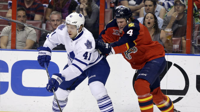 Bjugstad scores 2 as Panthers beat Maple Leafs 4-2