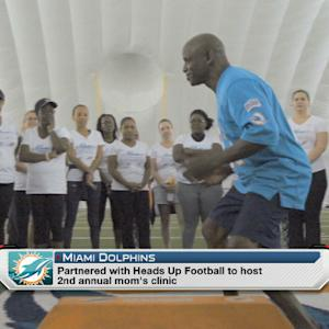 Dolphins hold 2nd annual mom's clinic