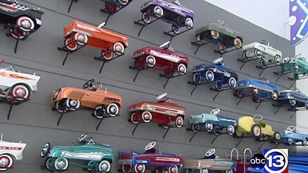 Children's Museum exhibit shows off retro toys
