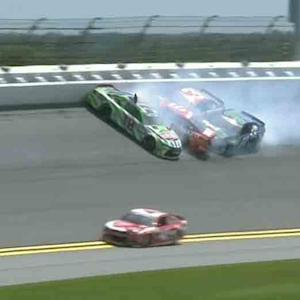 Busch unhappy after big wreck in practice
