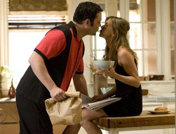 Vince Vaughn and Jennifer Aniston in Universal Pictures' The Break-Up