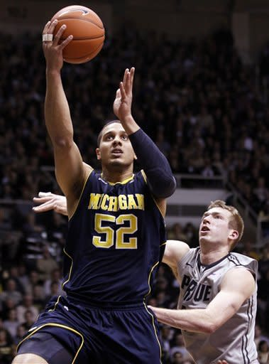 No. 20 Michigan beats Purdue 66-64