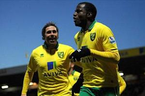 Norwich City 2-1 Sunderland: Pilkington and Bassong pile pressure on O'Neill