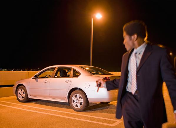 3 Dangers to Avoid in Packed Parking Lots
