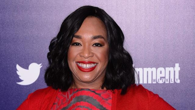 Shonda Rhimes Is Publishing Her First Book