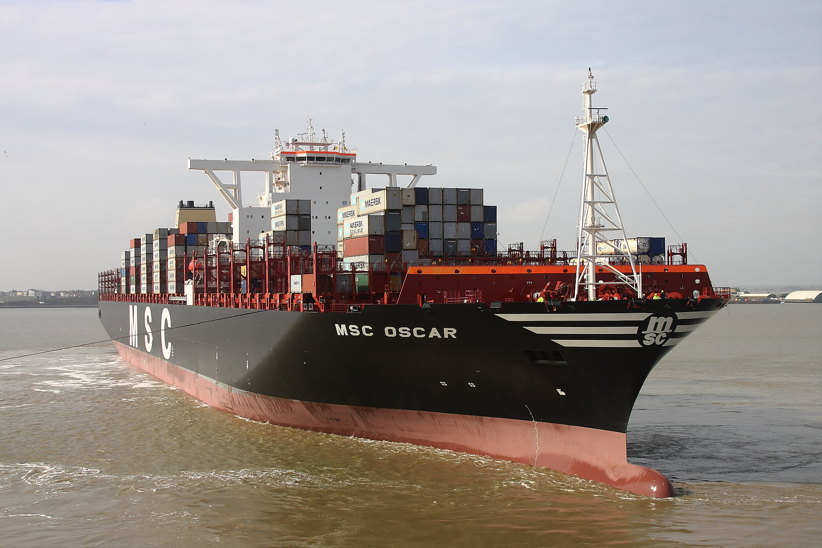 Massive Container Ship Disappears in the Bermuda Triangle During Hurricane Joaquin