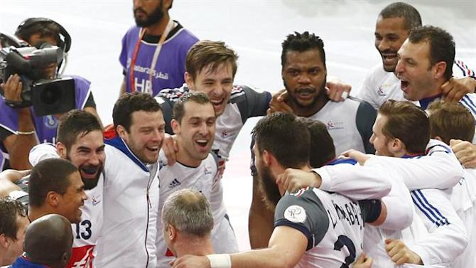 . Lusail (Qatar), 30/01/2015.- French players celebrate after winning the Qatar 2015 24th Men's Handball World Championship semi final match between Spain and France at the Lusail Multipurpose Hall outside Doha, Qatar, 30 January 2015. Qatar 2015 via epa/Diego Azubel Editorial Use Only/No Commercial Sales