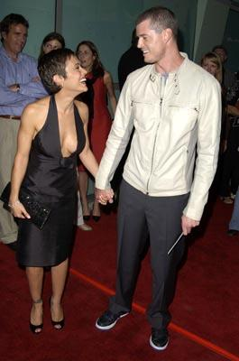 Alyssa Milano and Eric Dane at the LA premiere of Paramount's Dickie Roberts: Former Child Star