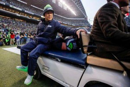 Seahawks tight end Graham out for season with knee injury