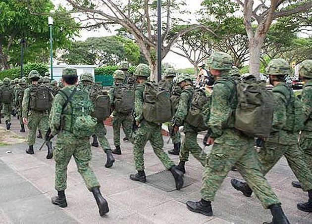 Singapore national servicemen in training. (Yahoo photo)