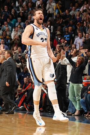 Gasol's tip lifts Grizzlies over Thunder in OT