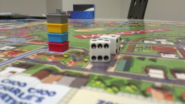 Zynga Board Games Bring Your Facebook Favorites to Real Life [REVIEW]