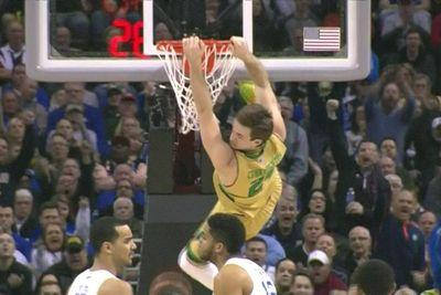 Notre Dame is dunking all over Kentucky and Ashley Judd freaked out about it