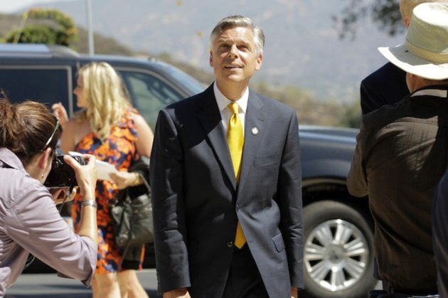 Jon Huntsman on the tea party, the polls, and his hair: the Yahoo News interview
