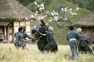 Tom Cruise in Warner Bros. The Last Samurai