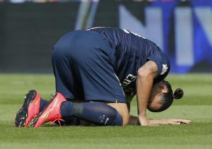 Column: While PSG thrives, French football drowns